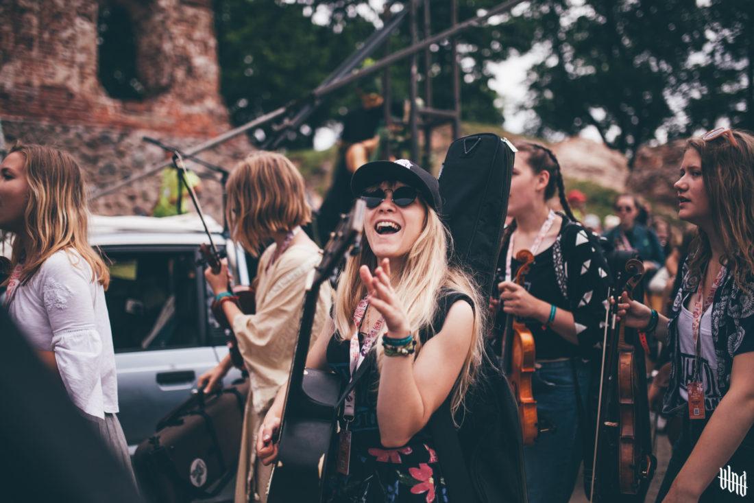 LÄÄTS: Viljandi pärimusmuusika festivali esimese päeva parimad hetked